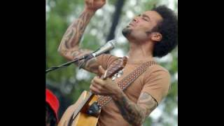 Watch Ben Harper Brown Eyed Blues video
