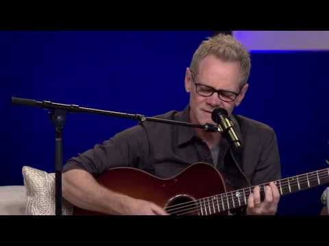 Steven Curtis Chapman sings