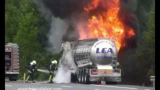 Fire truck.  Incendio de camión en AP-68 Arrigorriaga.