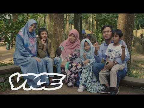 Heaven and Hell: Indonesia's Battle Over Polygamy