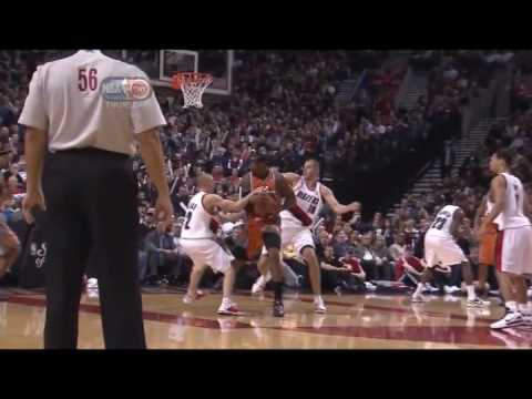 Amare Stoudemire Over Powers Steve Blake & Dunks over Joe Przybilla [12.17.09]