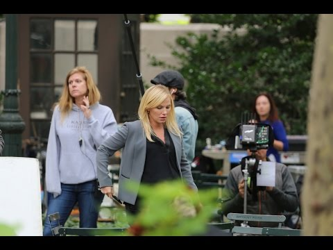 Pregnant Kelli Giddish. Set of Law & Order. 09222015.