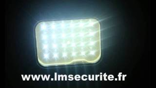 PROJECTEUR  AUTONOME  PELI  24  LED.wmv