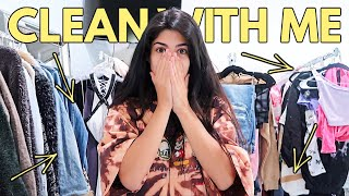 CLEANING MY MESSY CLOSET! *SATISFYING*