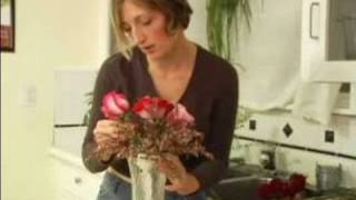 How to Arrange Bridal Bouquets : How to Arrange a Nosegay Bridal Bouquet