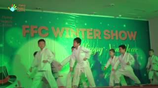 Bài quyền số 1 Karate - Học viên lớp Karate FFC [FFC Winter Show 11.01.2015]