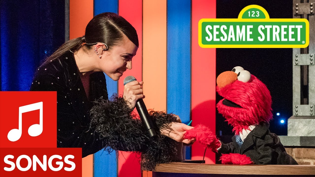 Hush Little Baby feat. Sofia Carson | The Not-Too-Late Show with Elmo