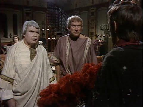 I, Claudius - Ep. 3 - What Shall we do about Claudius? - Legendado