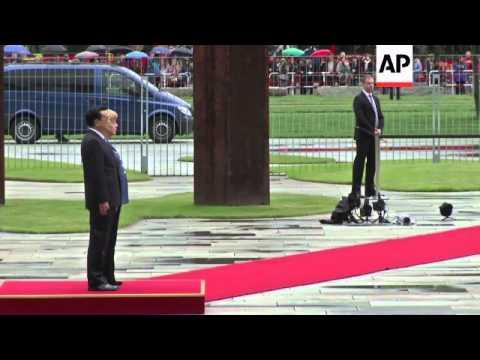 Chinese PM Li Keqiang meets German Chancellor Merkel