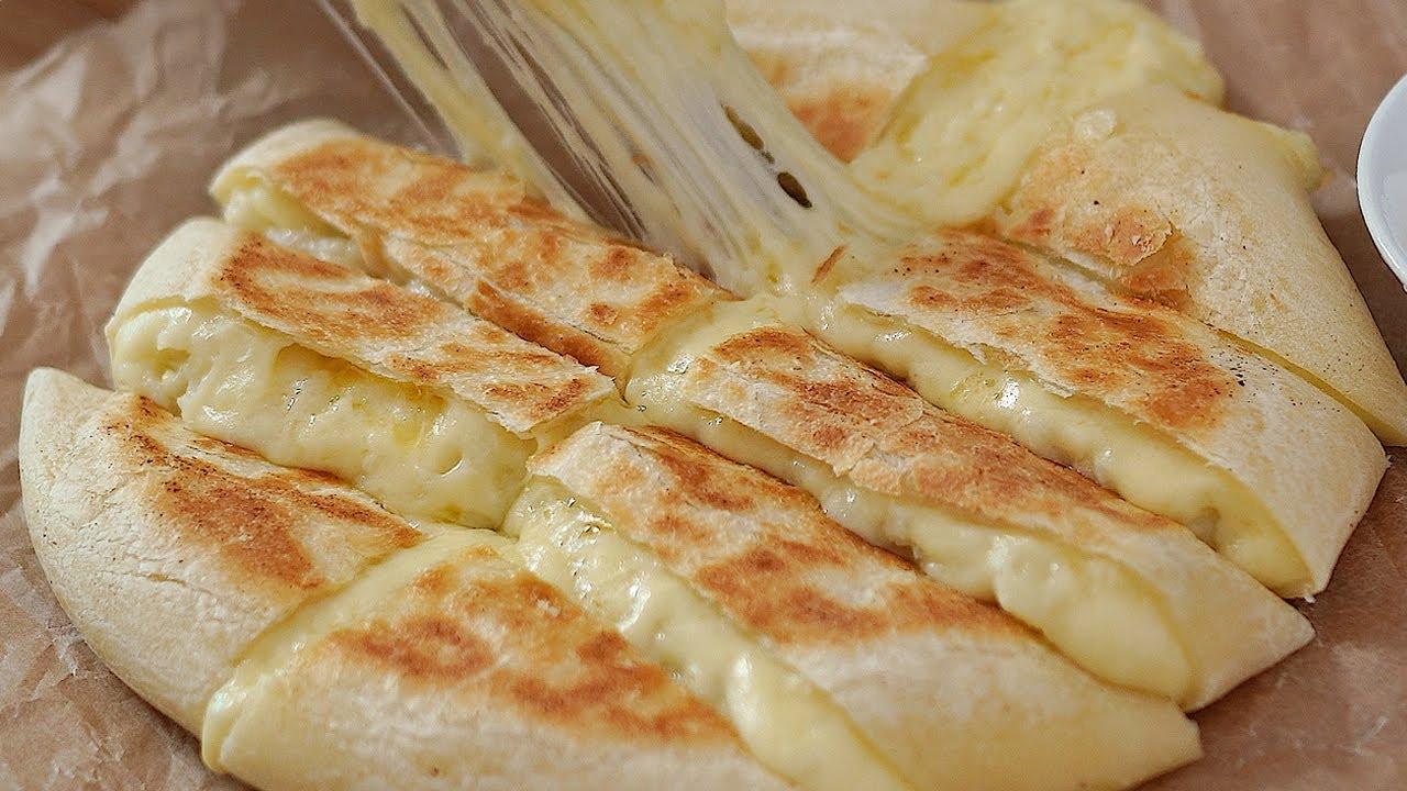 [오븐없이!] 화덕에 구운 것 같은 감자치즈빵! (후라이팬으로 맛있는 빵 만들기, Potato Cheese Bread)
