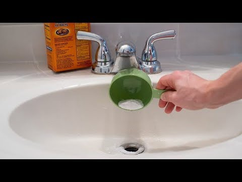 this-genius-trick-cleans-clogged-drain-pipes-in-2-minutes-|-clean-your-clogged-drains-yourself
