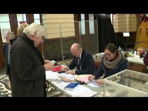 لماذا جاءت نسب التصويت قياسية في الانتخابات الأوروبية هذا العام؟  - نشر قبل 2 ساعة
