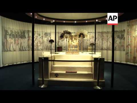 Exhibition reconstructs pharaoh's tomb and treasures in glorious detail