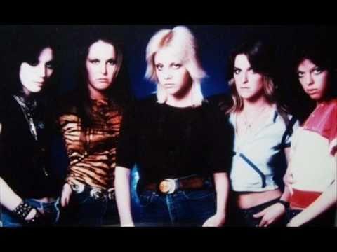 The Runaways - I Wanna Be Where The Boys Are