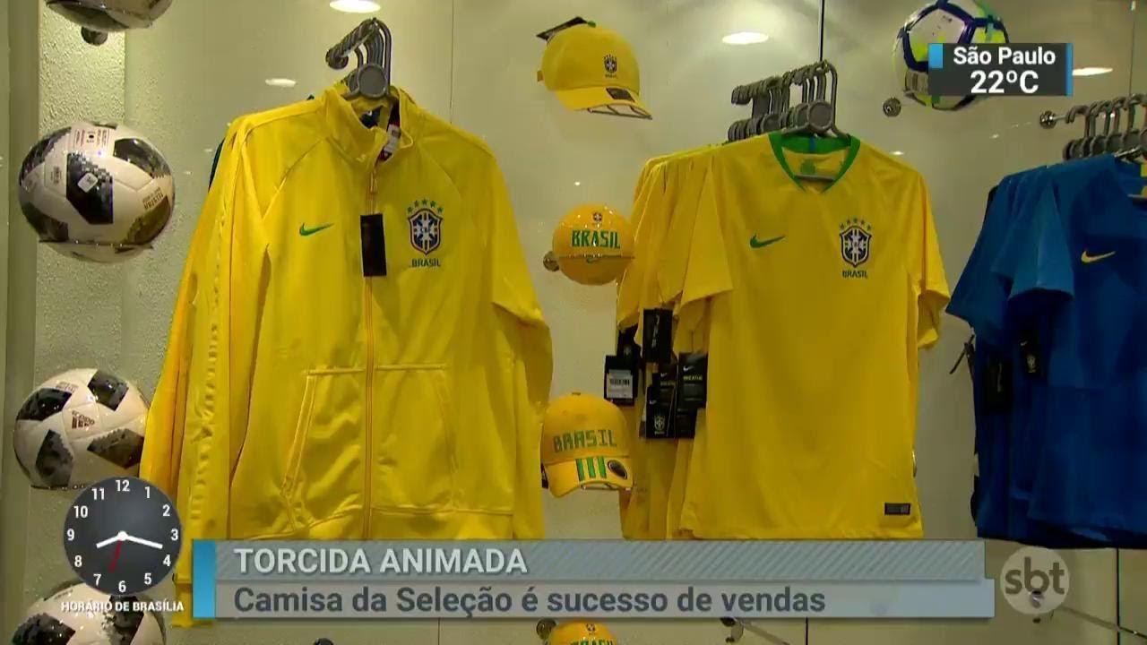 Camisa da Seleção Brasileira vende 20 vezes mais em ano de Mundial ... 17c8a9a16dcf3