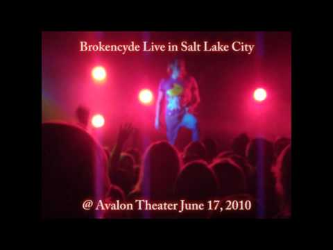 Brokencyde Live in SLC on June 17, 2010 - Poppin and Freaxx mp3