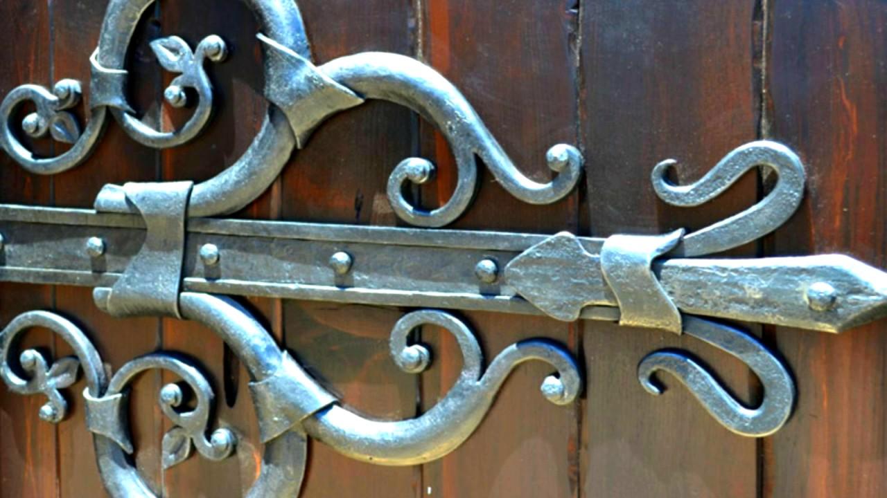 Пример, как сделать кованые петли ДЕКОРАТИВНАЯ НАКЛАДКА на ворота .