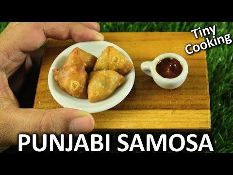 Mini Food - Punjabi Samosa |Miniature Samosa| Tiny Indian food cooking| Yummylicious