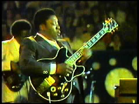 the best bb king solo . sweet little angel