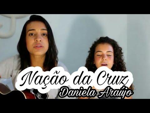 Daniela Araújo | Nação da cruz - Abril...
