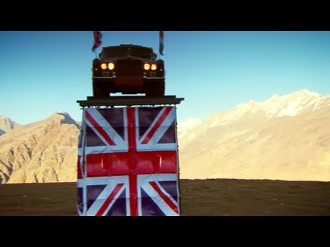 Straight Six Cricket in the Himalayas | Christmas Special 2011 | Top Gear