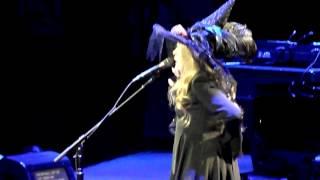 Fleetwood Mac - Songbird - 10/31/14 - Verizon Center - Washington DC - Halloween story by Stevie