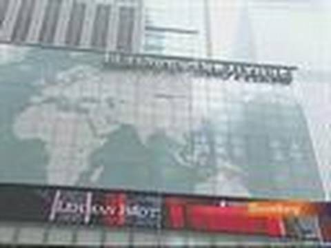 SEC Quizzes Wall Street About Lehman-Like Accounting: Video