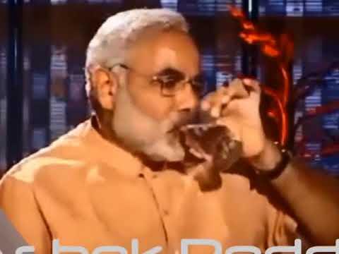 pm narendra modi funny embarrassing moments latest video. prime minister.