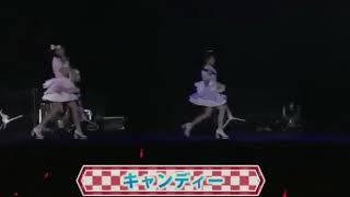 宮脇咲良、なこみくの3人ユニットです.