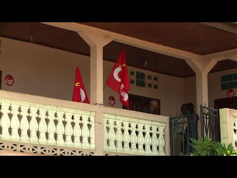 Mayotte: le collectif annonce un durcissement du mouvement