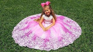 डायना और सुंदर कपड़े / Diana and beautiful dresses