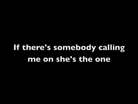 She's the one - Robbie Williams (Lyrics)