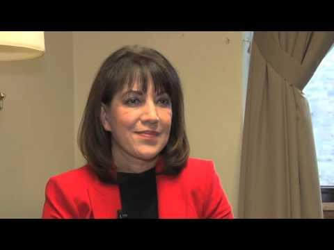 مریم منصف عضو پارلمان کانادا در مورد افغانستان می گوید