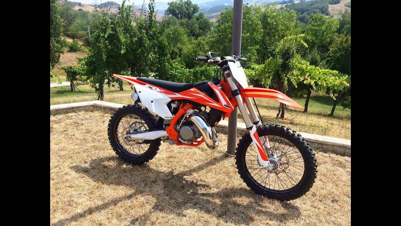 ktm 125 sx 2018 first ride youtube. Black Bedroom Furniture Sets. Home Design Ideas