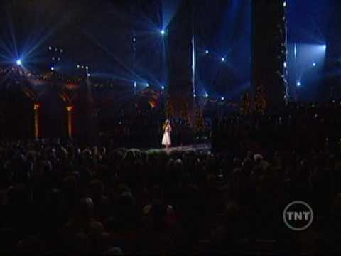 Oh Holy Night- Carrie Underwood - YouTube