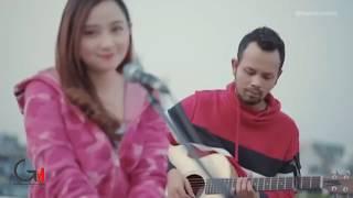 SEBERKAS SINAR - NIKE ARDILLA ( Ipank Yuniar ft. Meisita Lomania Cover & Lirik )