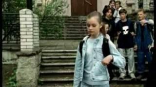 Елизавета Вавилина о клипе Юрия Шатунова - Не бойся(Интервью, у актрисы, исполнивший главную роль в клипе Ю.Шатунова - Не бойся., 2010-09-10T22:36:22.000Z)