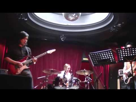 Jack Thammarat - On the way Guitar Idol rehearsal