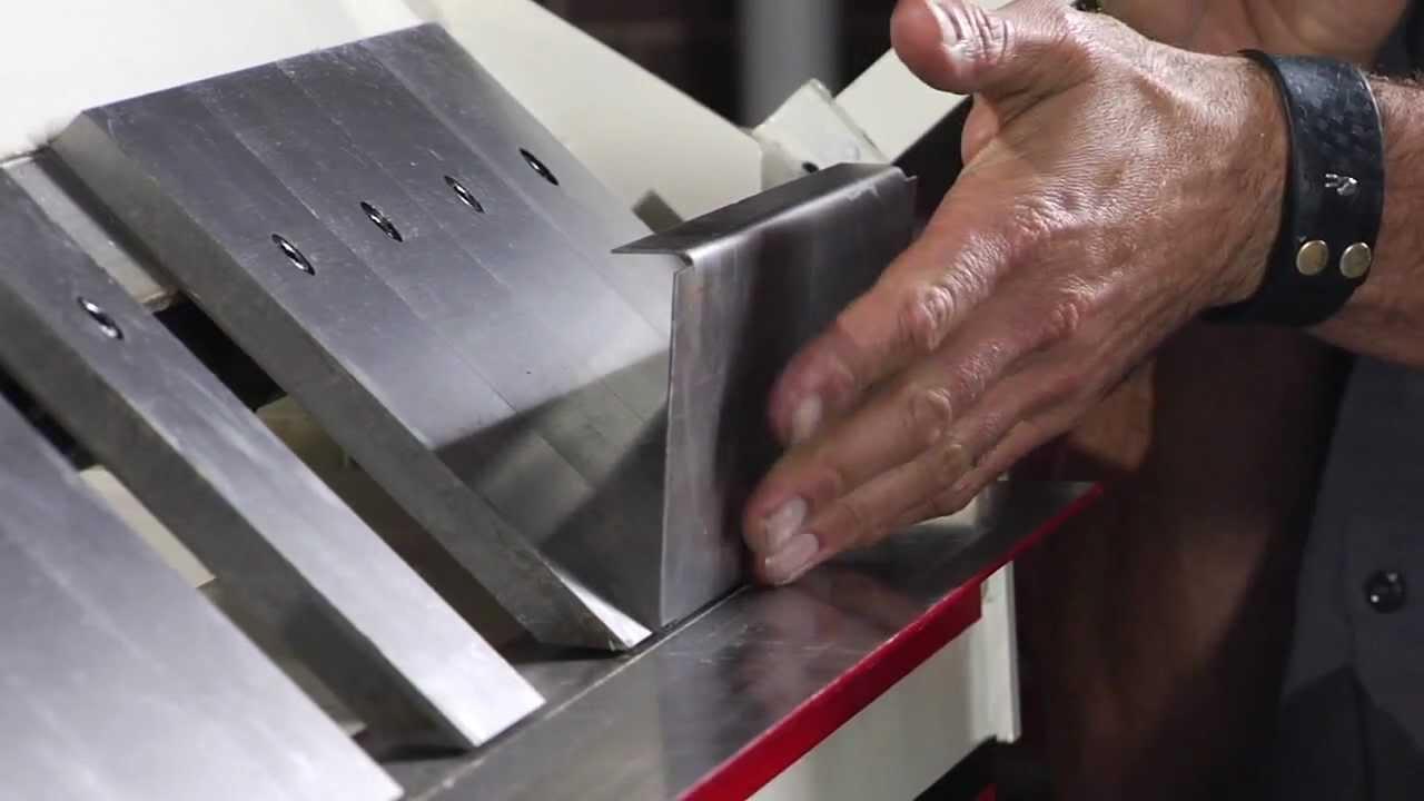 Jet Box And Pan Brake Metalforming Demo Youtube