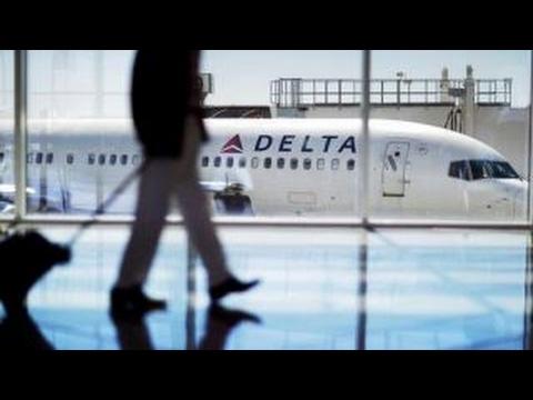 Delta kicks family off flight for child's seat