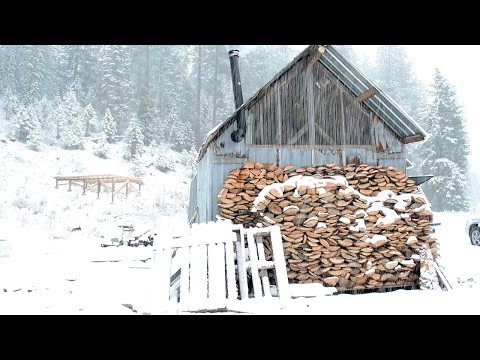 Living off the Grid: Building an off the Grid Cabin for Winter