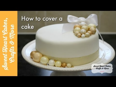 How To Decorate Fruit Cake With Fondant