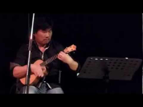 Terry Sasaki at Spruke Brisbane's Ukulele Festival 2013