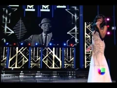 "Acércate más (Live at Latin Grammys) - Natalie Cole feat. Nat ""King"" Cole"