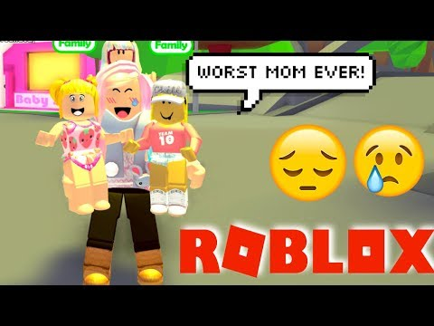 Am I a Bad Mom? Titi &  Baby Goldie Play Adopt me - Roblox Roleplay