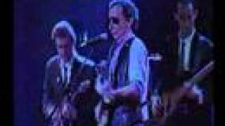 Graham Parker & Some of The Rumour - Howlin
