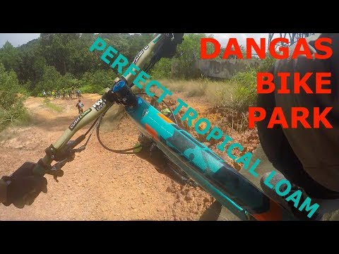 Mountain Biking Dangas Bike Park - Batam, Indonesia | PERFECT TROPICAL LOAM