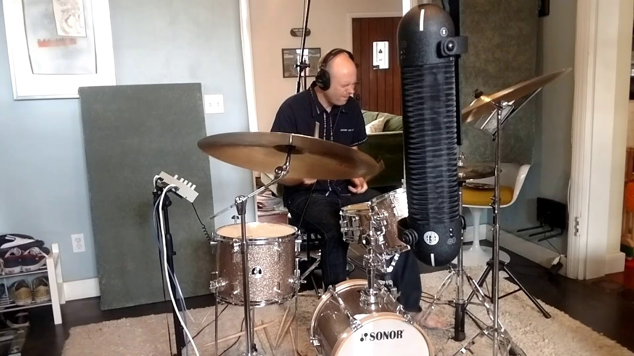 Jamming on my Sonor Martini Kit with Evans Calftone Heads