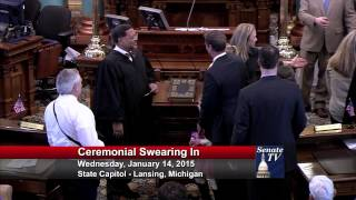 Senator Dave Hildenbrand takes his Oath of Office in the 98th Legislature.