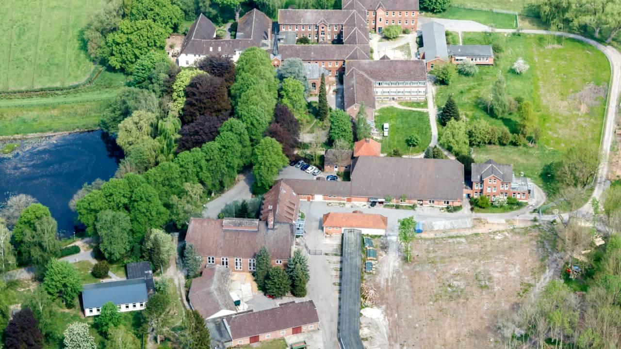 Oldenburg: Kloster Blankenburg - YouTube